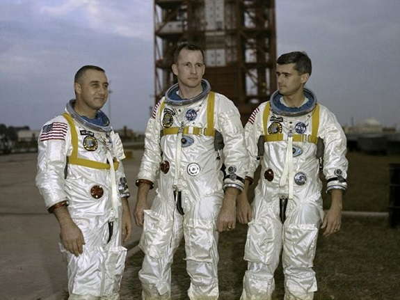 2014-01-29_Apollo1_NASA_facebook_558318_10151232773263091_1768588618_n_575px.jpg